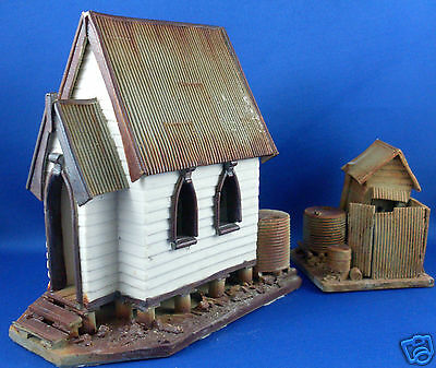 F.HILLIER Handcrafted SMALL POTTERY BUSH CHURCH & OUTHOUSE Man Cave - in Aust