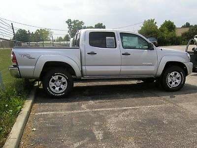 TOYOTA TACOMA DOUBLE CAB Painted Body Side Mouldings Moldings Trim 2005-2015