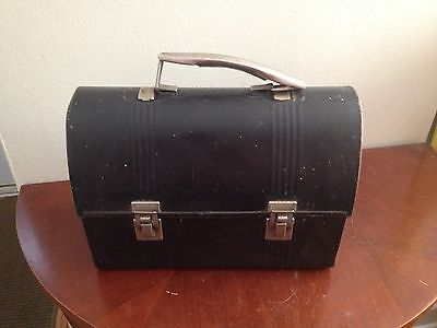 BLACK METAL MID CENTURY LUNCHBOX PAIL OLD RUSTIC BOX COLLECTIBLE VINTAGE DECOR
