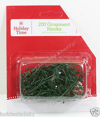 """600 Green Wire Ornament Hooks Approx 1-1/2"""" Lot Of 3 Packs Of 200 Each"""