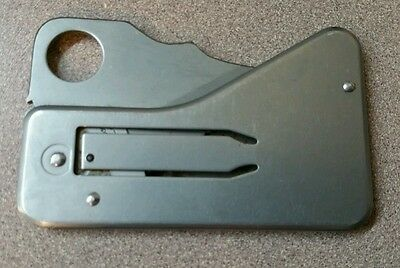 Spyderco Aus-6 made made in japan credit card knife
