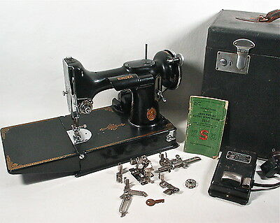 1935 Singer Featherweight 221 Sewing Machine, Attachments, Case + Extras