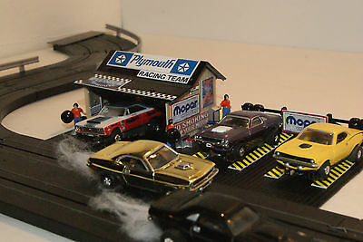 2 BAY +  PLYMOUTH  PIT STOP GARAGE  for AFX, AURORA,MODEL MOTORING,TYCO etc.