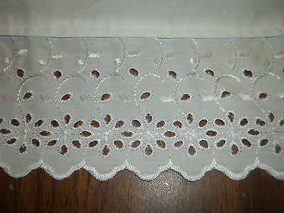 VINTAGE  QUEEN FLAT SHEET EMBROIDERED EYELET BORDER SNOW WHITE