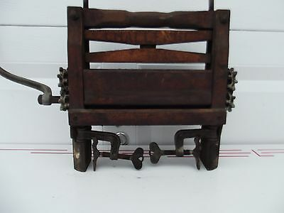 Antique Vintage CHALLENGE brand clothes wringer solid wood all parts intact.