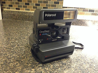 Polaroid OneStep Closeup 600 Instant Camera - Tested - Fast Shipping