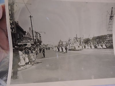 OLD CONEY ISLAND, BROOKLYN NYC 8x10 Reprint Photo Parade in front RKO Theatre