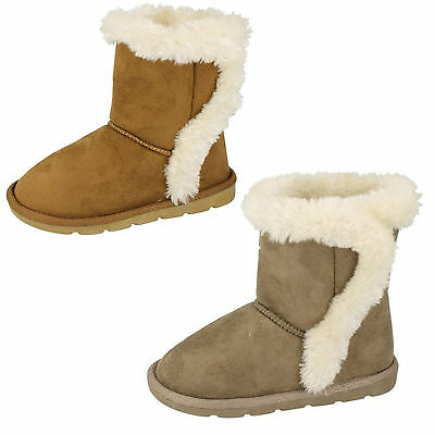 Wholesale Girls Boots 18 Pairs Sizes 6-12  H4100