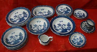 BOOTHS/ROYAL DOULTON OLD WILLOW TABLEWARE SELECTION