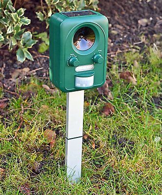 SOLAR Ultra Sonic Garden Deterrent Repeller Cat Dog Scarer Pest Control Sell