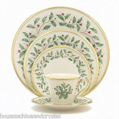 Lenox Holiday Pattern 40Pc China Set, Service for 8