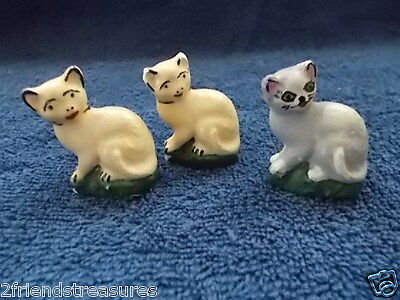 Chalkware Mini Cats Kitten Figurines 2 inches Set of 3 White and Gray