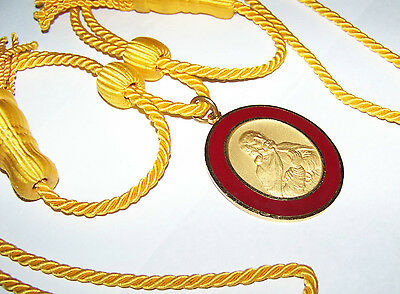 MASONIC ORDER OF DEMOLAY DEGREE OF CHEVALIER LARGE ENAMEL MEDAL WITH ROPE