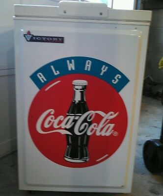 COCA-COLA VICTORY V-LINE ELECTRIC COOLER,COKE SIGN,CREATED 1997, COOLS PERFECTLY