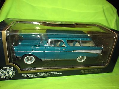 1/18 57 Chevrolet Bel Air Nomad Diecast  1957 Chevy road tough metallic green