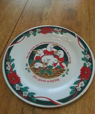 """Tienshan Fine China Plate """"Deck The Halls""""  7 1/2"""" Plate"""