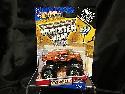 2010 Hot Wheels Monster Jam Pillage Idiot 1:64 Scale Truck w/ Tattoo