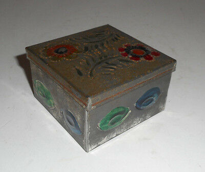 VINTAGE  MEXICAN TIN WARE TRINKET BOX PUNCH WORK COLORFUL FLOWERS