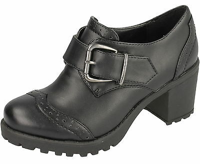 Wholesale Girls Shoes 16 Pairs Sizes 12-5  H3033