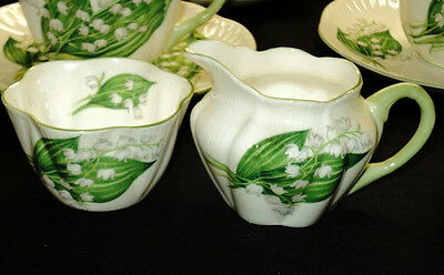 SHELLEY DAINTY LILY OF THE VALLEY SMALL CREAMER AND SUGAR BOWL