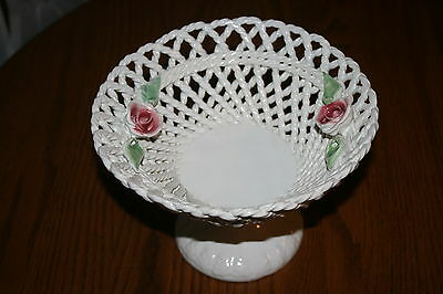 Vintage? Lattice Footed Capodimonte Compote Italy Excellent Condition