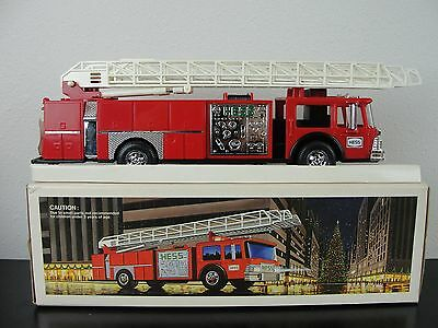 1986 Hess Red Fire Truck Toy Collectable Lights Siron In Box