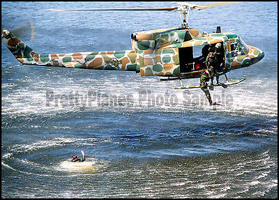 """USAF UH-1 Iroquois """"Huey"""" Helicopter 20th SOS 1983 5x7 Aircraft Photo"""