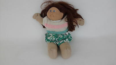 Brown Hair Cabbage Patch Kid Girl Doll Vintage 1982 blue eyes green outfit