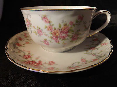 HUTSCHENREUTHER Teacup and Saucer, Selb, Bavaria Germany, Pink Roses