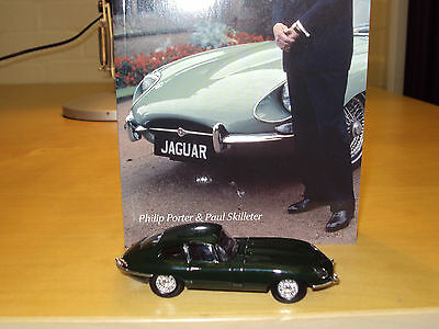 Sir William Lyons Official Biography 1:43 Jaguar E Type Diecast Model + Badge