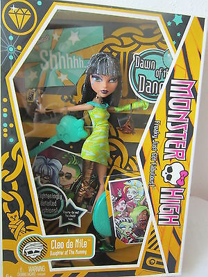 NEW NRFB 1ST WAVE   MONSTER HIGH DAWN OF THE DANCE CLEO DE NILE FROM 2009