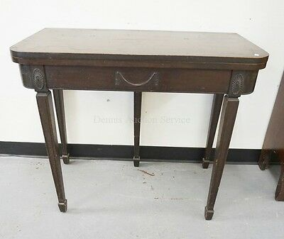 MAHOGANY GATE LEG GAME TABLE. 34 INCHES WIDE. 28 INCHES TALL. HAS WE... Lot 1231