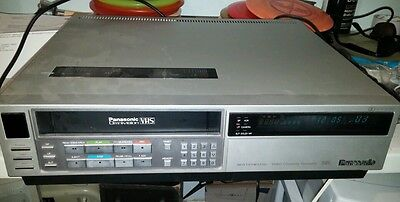 Vintage PANASONIC OMNIVISION VCR VHS CASSETTE RECORDER PV-1720 DOLBY needs work