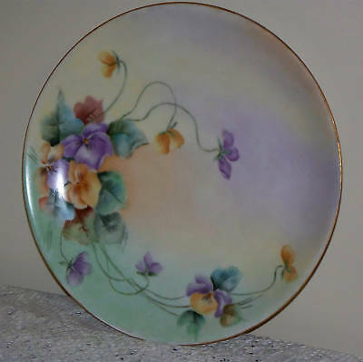 """Antique Hutschenreuther Bavaria Plate with Hand Painted Pansies, measures 8.5"""""""