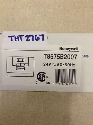 Honeywell THT02767 THERMOSTAT; 24 VAC, 2 OR 4 PIPE APPLICATIONS, 3 FAN SPEED