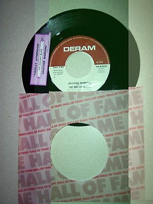 """VG++ 1967 Moody Blues Tuesday Afternoon 7"""" 45RPM w/pap slv & jukebox label"""