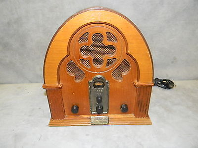 1932 Thomas Collectors Edition Cathedral Style American Series Radio Model 317