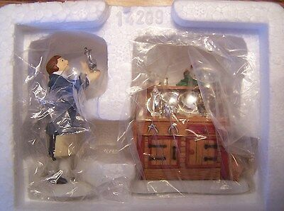 Department 56(New England Village Series Accessory)(Silver For Sale)(set of 2)