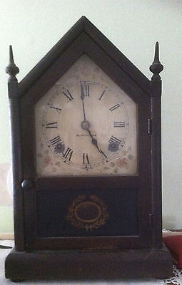 Antique Seth Thomas Mantle Clock!