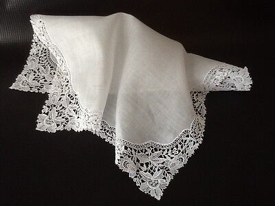 Vintage WEdding Hanky with linen center - Lovely Mechanical Lace...SEE