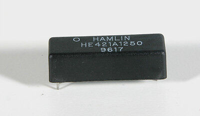 Reed Relay - Hamlin HE421A1250   2 Pieces