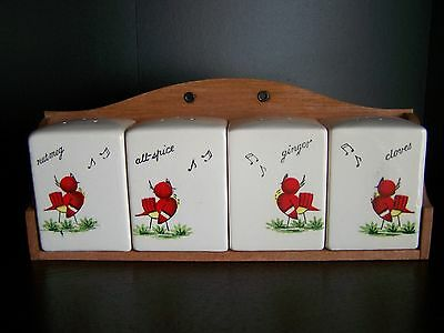 UCAGCO Vintage Ceramic Spice Rack and Shakers