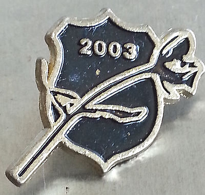 Police Pin Mouring Shield With Flower 2003  Lapel Pin