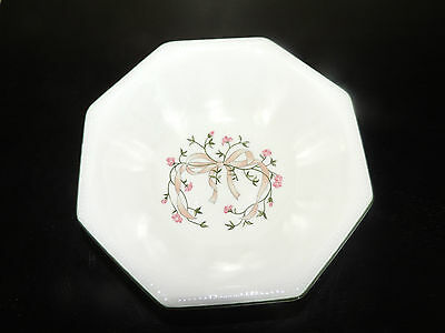 "JOHNSON BROTHERS ETERNAL BEAU PATTERN 7"" OCTAGON CEREAL BOWL EXCELLENT CONDITION"