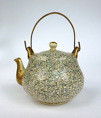 Museal small Tea pot Satsuma 19 Jh Japan Jug