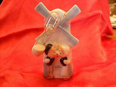 Vintage Dutch Boy & Girl Kissing Windmill Hourglass Kitchen Egg Timer ENESCO