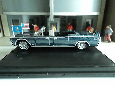 Oxford  1961  Lincoln Continental  X100  Blue Metallic    1/87   HO  diecast car