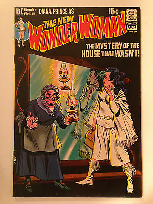 Wonder Woman (1971) 195  Diana Prince I-Ching Mike Sekowsky Dick Giordano Dc