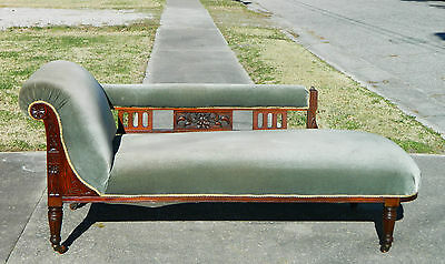 Fantastic Mahogany 19th Century Chaise Lounge Daybed Sofa