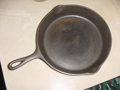 "# 8 Cast Iron Skillet. ""Lodge""   W/Three Notches   ""Clean & Seasoned"""
